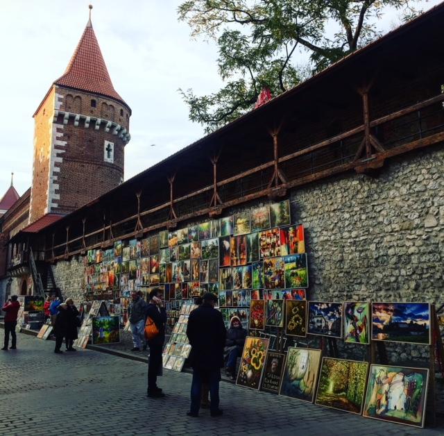 Cracovia que ver en 1 día muestra de arte en la calle