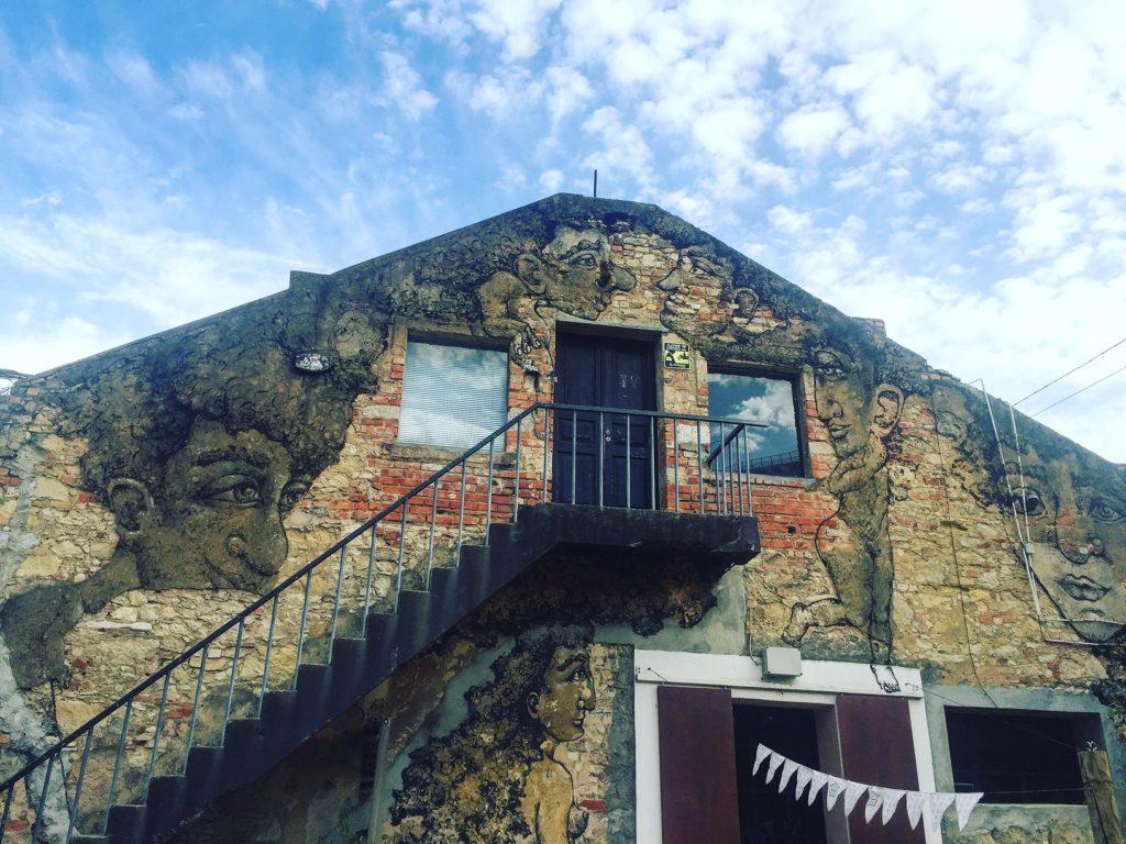 LxFactory Lisboa fachada edificio