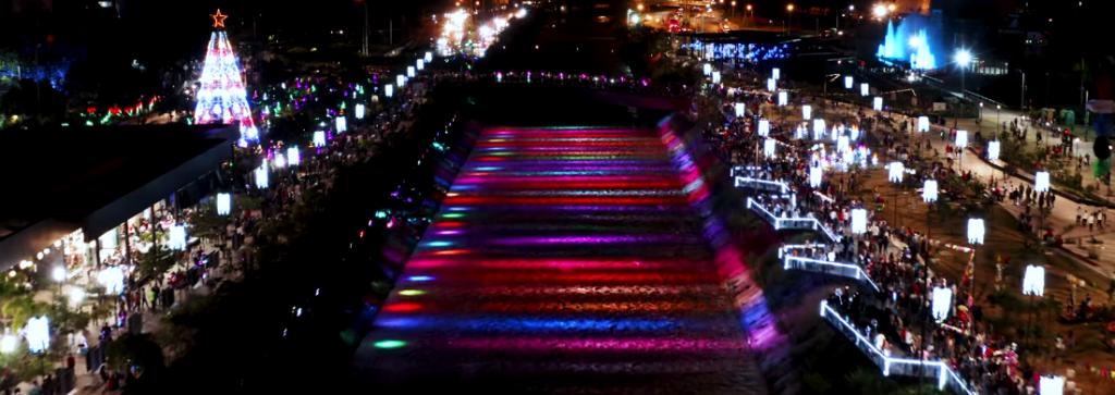 medellín, imagen de dron del alumbrado del parque del río