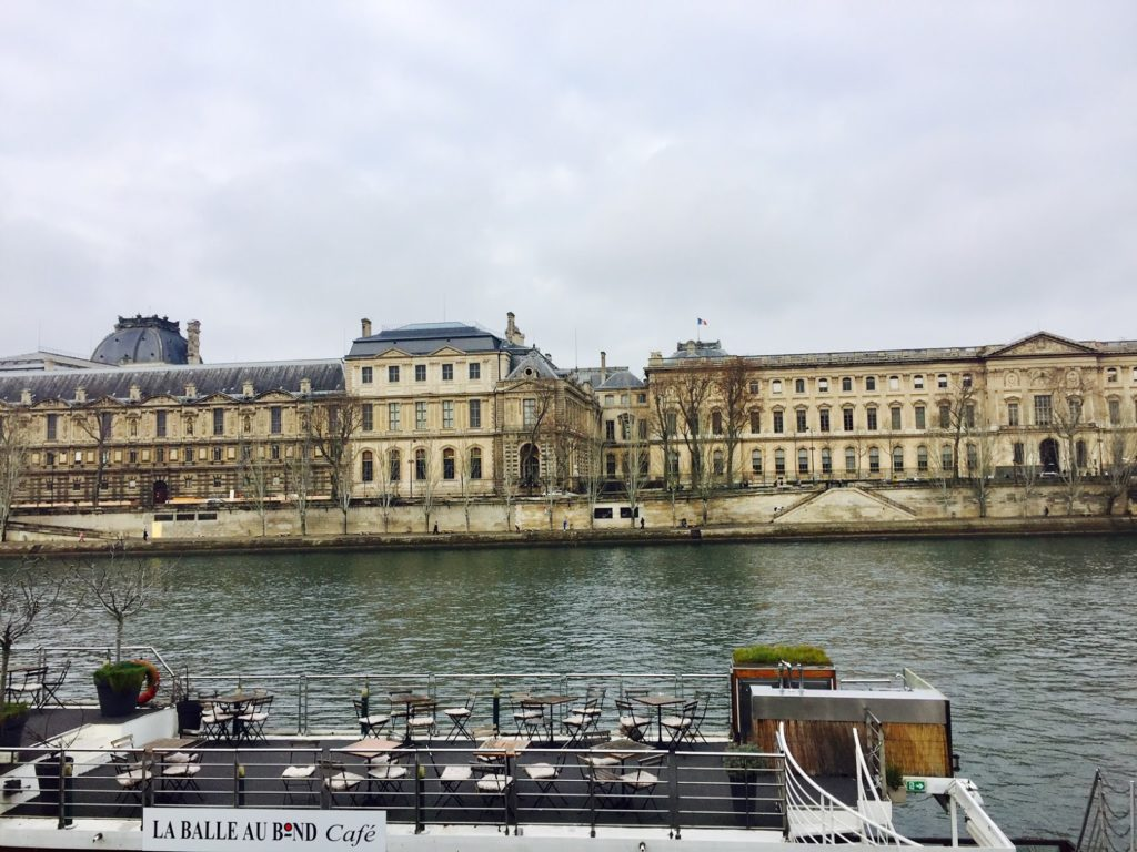 Paris que ver en 3 días imagen del sena un día de invierno