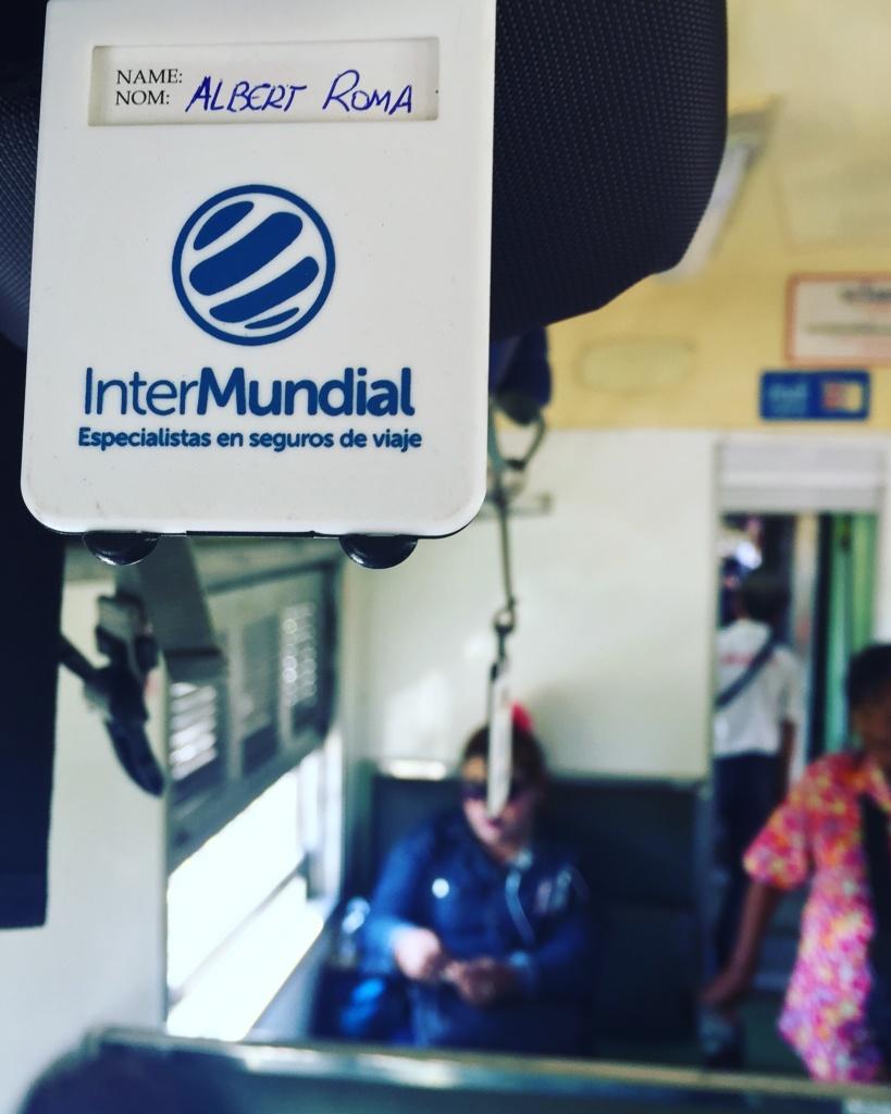 Nuestra mochila en uno de los trenes de Laos