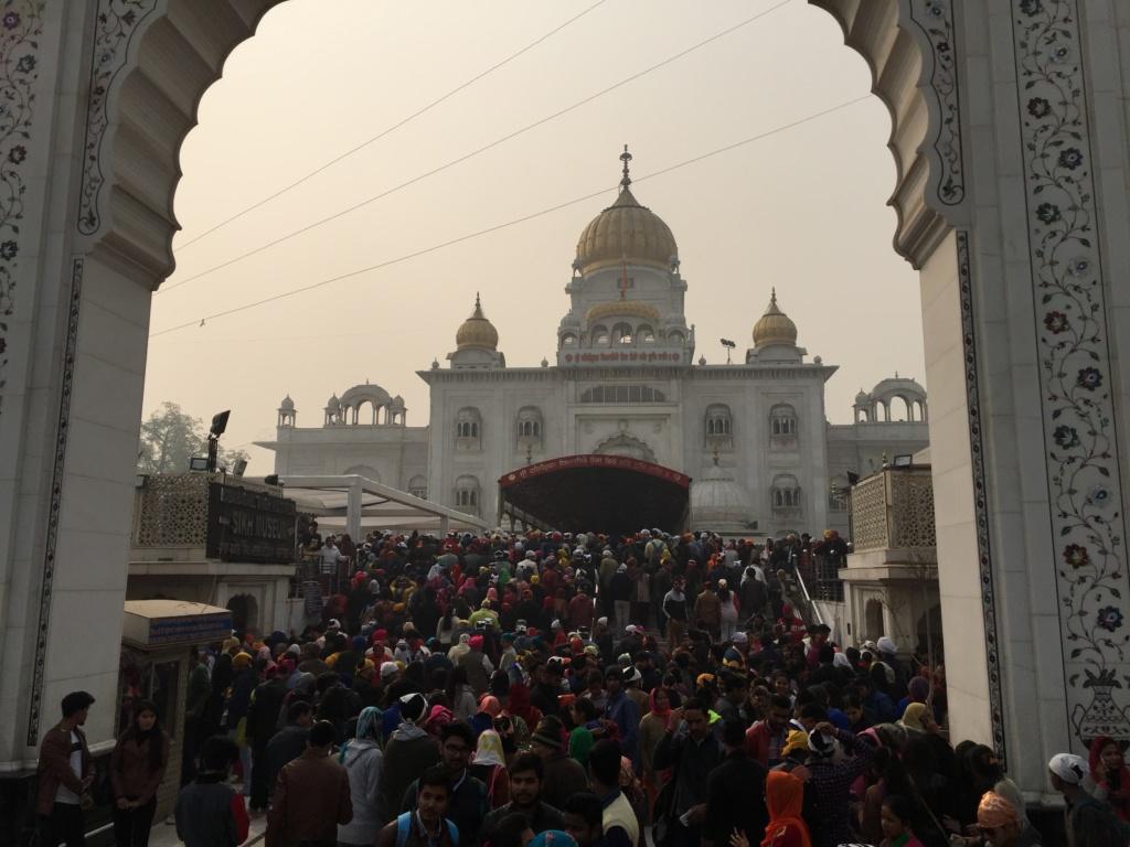 qué ver en delhi, acceso al templo de los sikhs